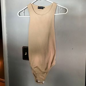 Pretty Little Thing nude colored BODYSUIT